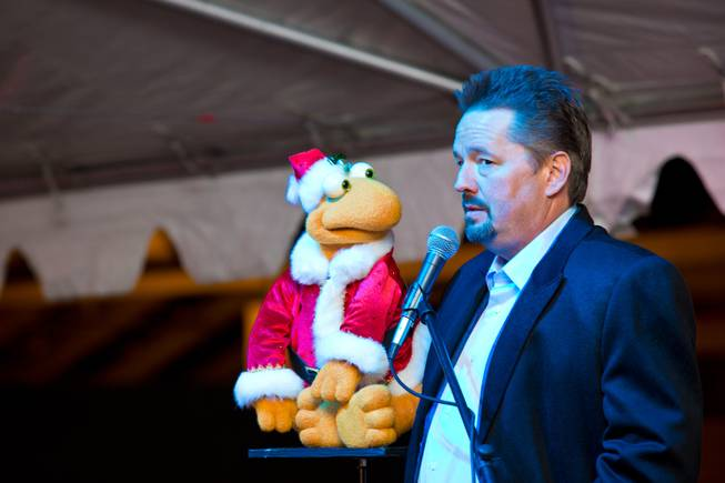 Terry Fator Talks His New Holiday Show!