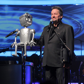 R2-DWho? Rusty the Robot makes Vegas debut